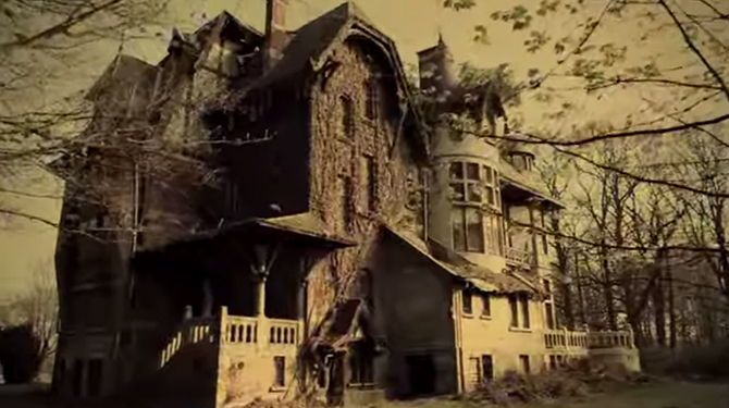 Writer Explores Abandoned Houses In Europe What He