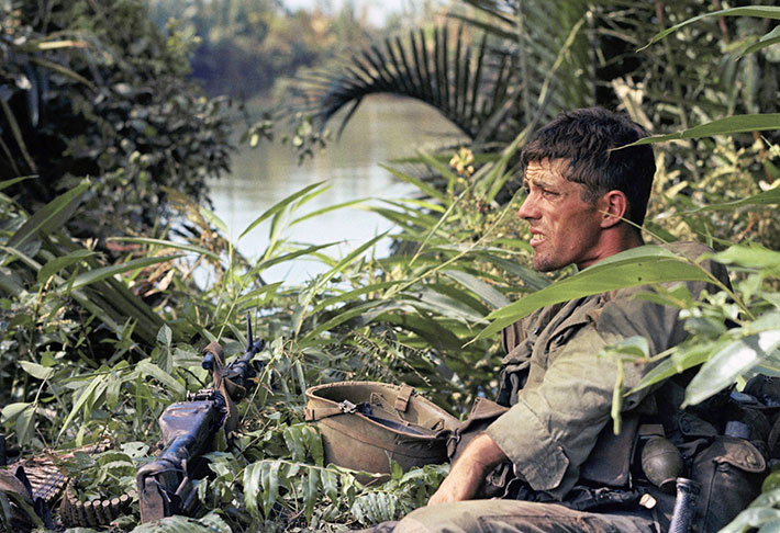Tough Vietnam War Photos That Will Stick In Your Mind 48