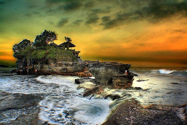 20-Tanah-Lot-Temple-Bali