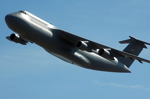 this huge aircraft is called c 5 galaxy and what s it s carrying