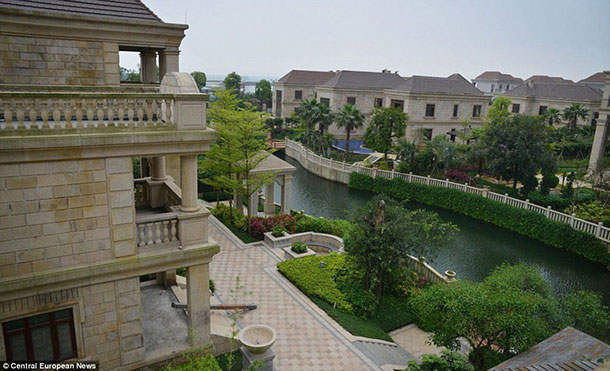 This Luxurious City In China Was Built For Rich People But There S