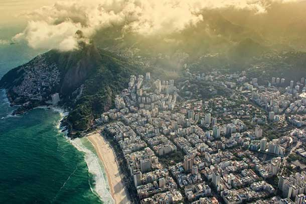 37 Spectacular Aerial Photos Of Famous Places Around The World This