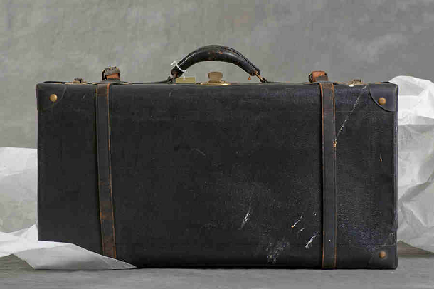 Steffan K suitcase 1