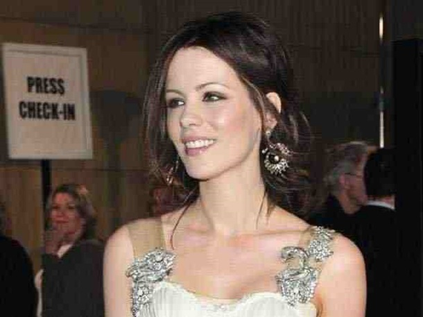 smart celebrities - kate beckinsale
