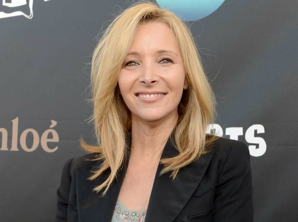 smart celebrities - lisa kudrow