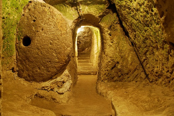 underground city at Derinkuyu 7
