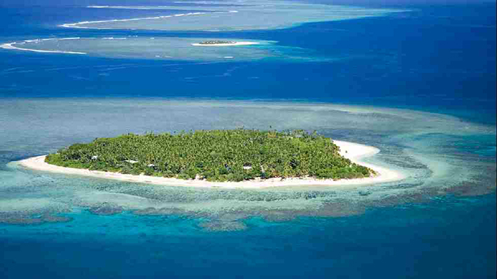 heart-shaped islands - tavarua fiji