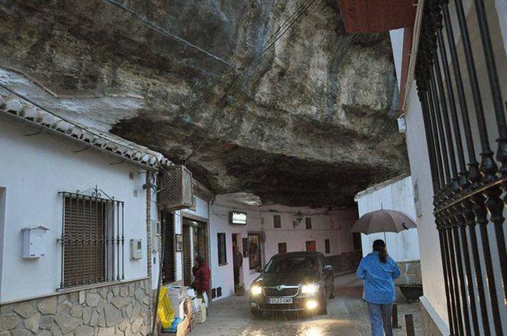 Setenil de las Bodegas, Spain 17