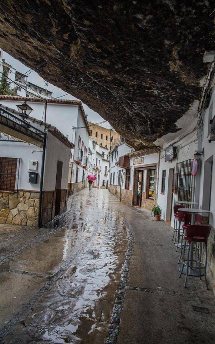 Setenil de las Bodegas, Spain  5