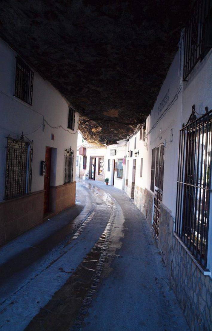 Setenil de las Bodegas, Spain  7