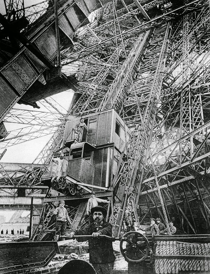 21 rare photos of eiffel tower under construction in paris 1887 atchuup cool stories daily. Black Bedroom Furniture Sets. Home Design Ideas