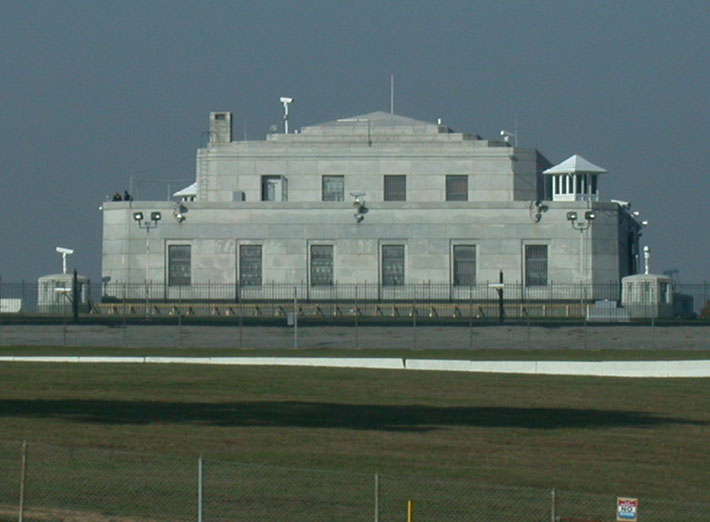 heavily guarded places - fort knox