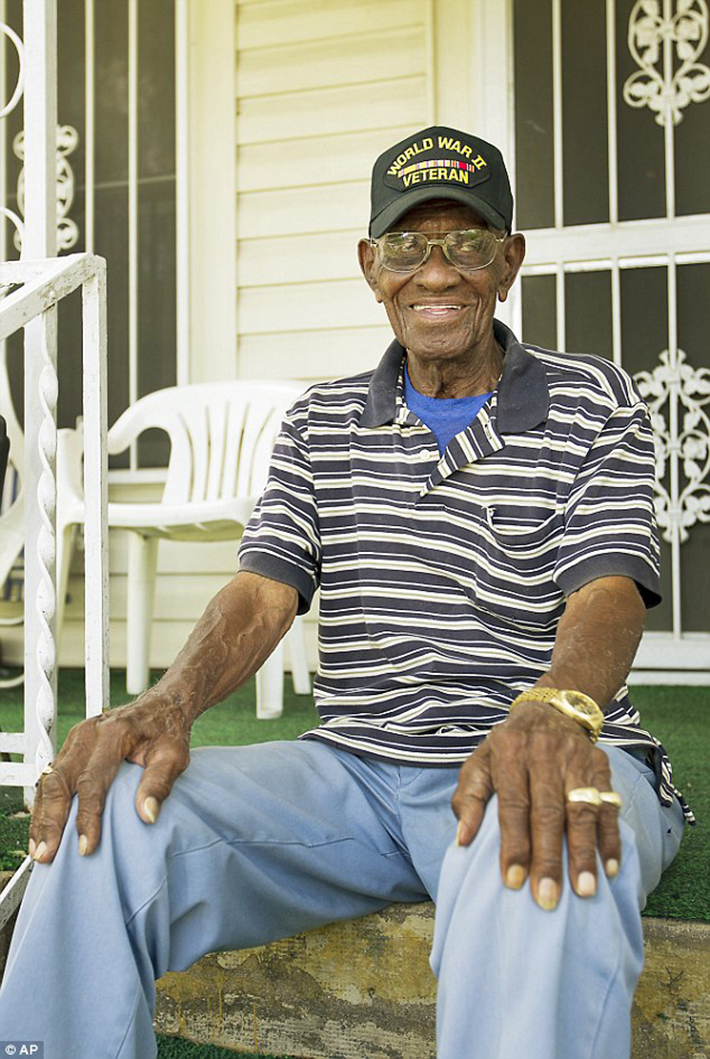 richard overton 2