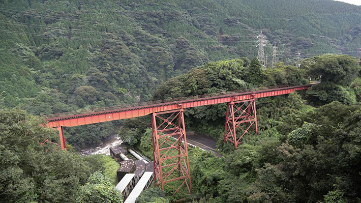 scariest train rides - minamiaso railway (2)