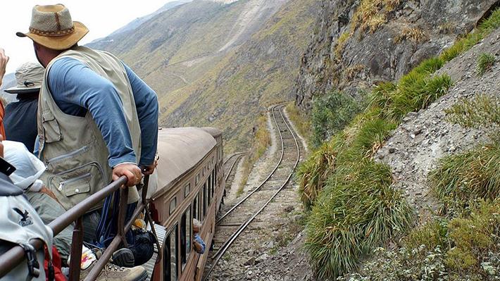 scariest train rides - nariz del diablo (1)