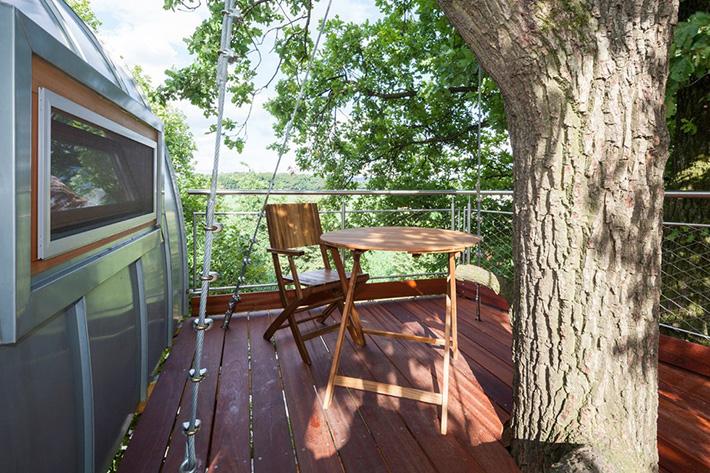 tree house 32
