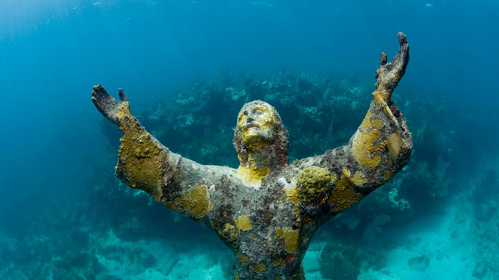 underwater sculpture 1
