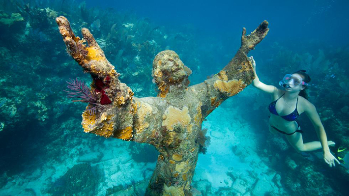 underwater sculpture 2