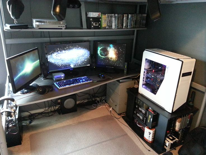29 Multi Monitor Gaming Setups That Are Just Way Too