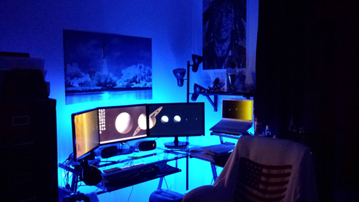 29 multi monitor gaming setups that are just way too - Ikea iluminacion led ...