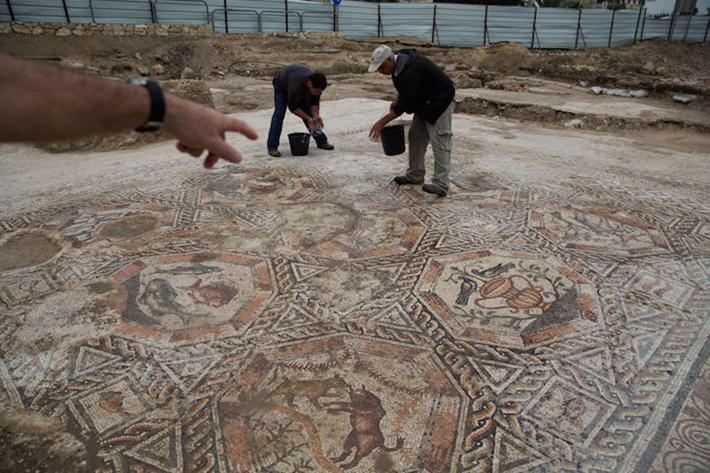 lod mosaic 1