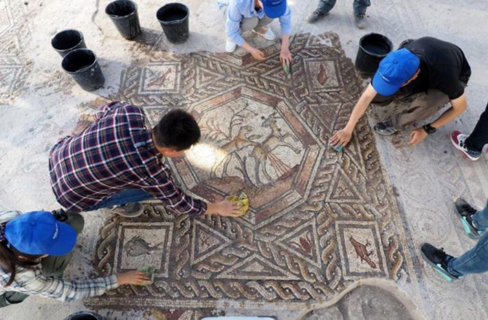 lod mosaic 3